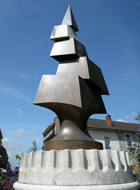 thumb sculpture-agora